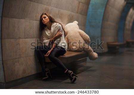 Girl Sitting Facing Away Girl Sitting on a Bench Facing