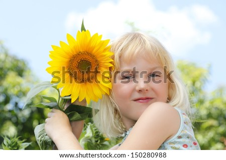 girl  with sun flowers