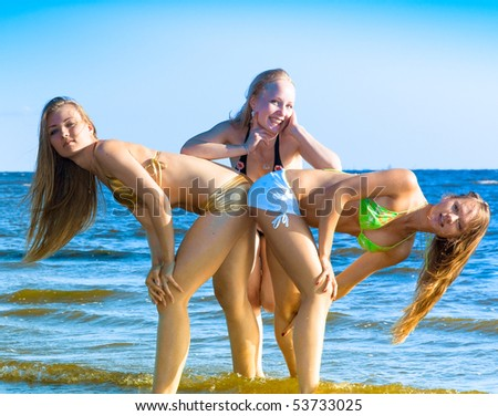girls beach sport