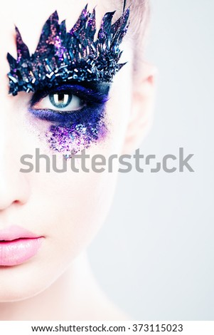 Glamorous Fashion Make-up. Eye Closeup