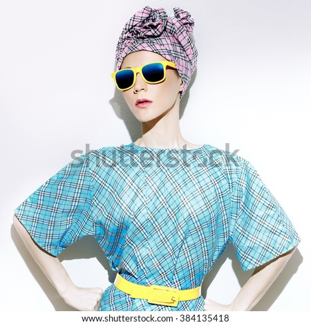 Glamorous Summer style. Fashionable Accessories. Checkered Lady