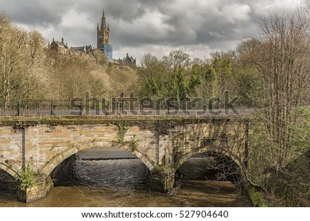 Glasgow university main building overlooks the river Kelvin in the west end of Glasgow, Scotland.