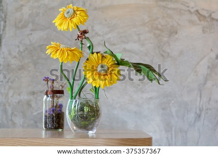 Glass Vase with sunflowers ,Still life of sunflower