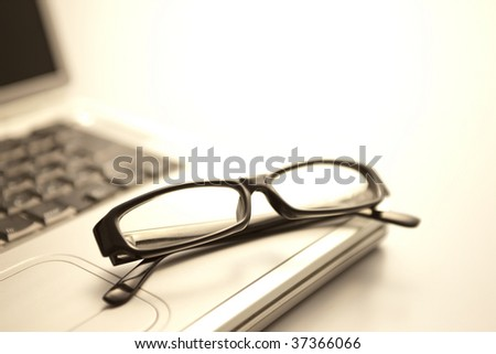 Glasses and computer