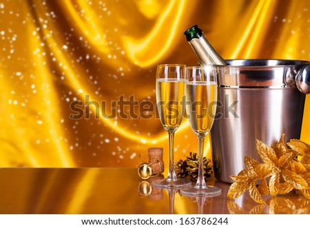 Glasses of champagne with decoration