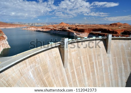 Glen Canyon dam on the Colorado River and Lake Powell in Arizona, US