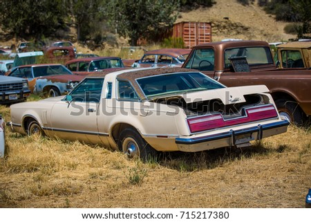 GLENDALE, UT: August 2016 - Seventh generation Ford Thunderbird in Glendale UT