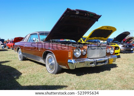 GLOUCESTER, VIRGINIA - NOVEMBER 12, 2016: A Chrysler Cordoba limited edition in the annual Shop With a Cop Car Show held once each year to help benefit needy children of Gloucester for Christmas