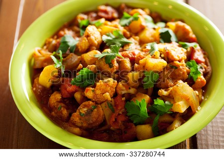 Gobi Aloo is famous Indian curry dish with potatoes and cauliflower