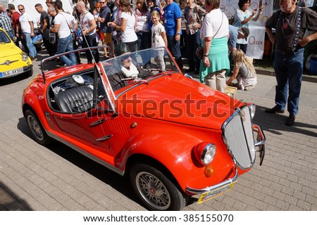 GOEPPINGEN, GERMANY - 12 SEPTEMBER: Fiat 500 meeting at town festival. 12 SEPTEMBER 2015