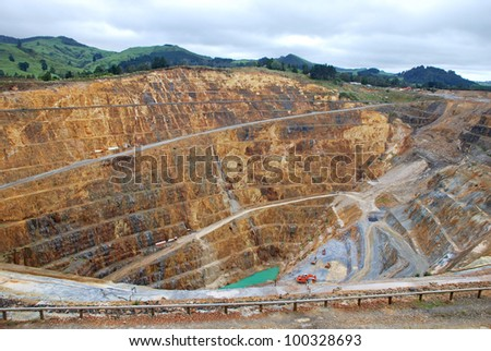 How strip mining gold