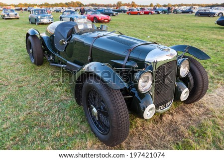 GOODWOOD, WEST SUSSEX/UK - SEPTEMBER 14 : Vintage Bentley parked at Goodwood on September 14, 2012. Unidentified people. - stock photo