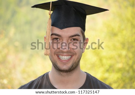 graduation smiiling  man