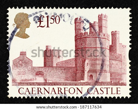 GREAT BRITAIN - CIRCA 1992: Postage stamp printed in Great Britain with image of Caernarfon Castle.