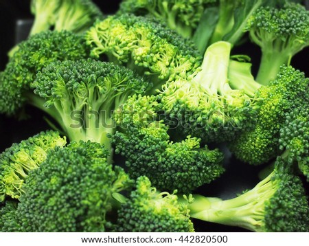 green and yellow vegetable, isolate,vegetable,  cauliflower,cabbage,broccoli