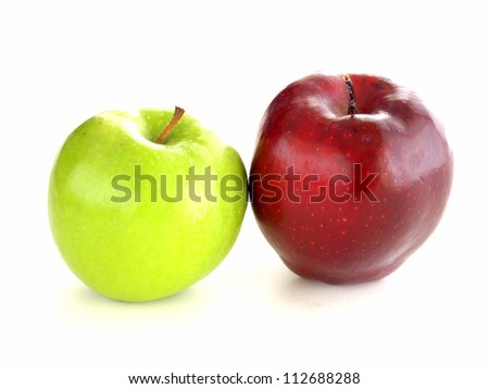 green apple and red apple isolated on white background