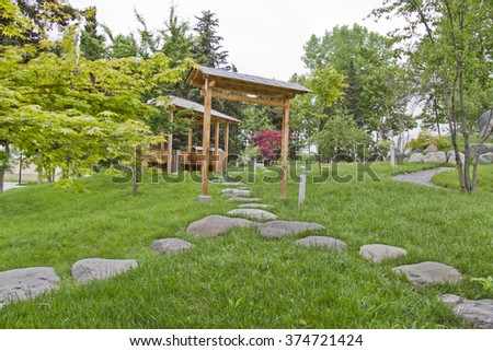 green garden in the Japanese style, wooden shed, garden furniture, stones, grass, green, green grass, landscape, landscape design, Japanese style, tree, green trees, green to red
