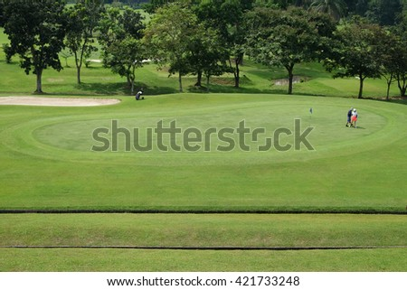 green golf court