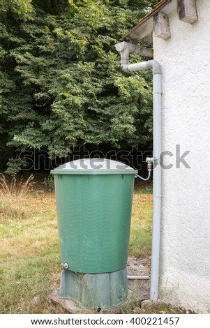 Green recovery of rainwater in a garden.