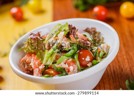 Green salad with crab meat