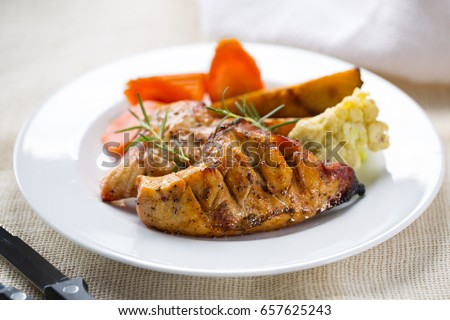 grilled chicken breast with vegetable for meal