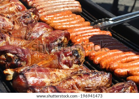 Grilled Sausages and Turkey Legs