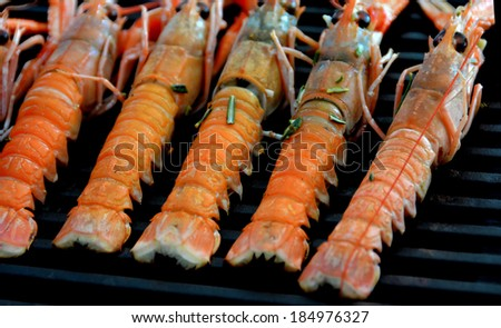 Grilling shrimps