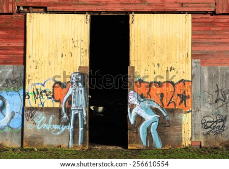 GRONINGEN HOLLAND - FEBRUARY 27: Graffiti on doors of an old abandoned warehouse & Old Door Holland Fotografie snímky pro členy zdarma a vektory ... Pezcame.Com