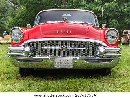 GROSSE POINTE SHORES, MI/USA - JUNE 21, 2015: A 1955 Buick Roadmaster car at the EyesOn Design car show, held at the Edsel and Eleanor Ford House. - stock photo
