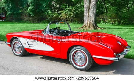 GROSSE POINTE SHORES, MI/USA - JUNE 17, 2015: A 1959 Chevrolet Corvette car at the EyesOn Design car show, held at the Edsel and Eleanor Ford House. - stock photo