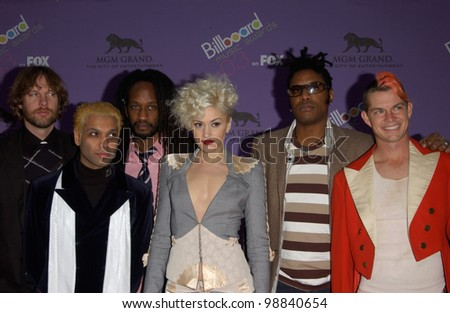 GWEN STEFANI & NO DOUBT at the 2003 Billboard Music Awards at the MGM Grand, Las Vegas. December 10, 2003  Paul Smith / Featureflash