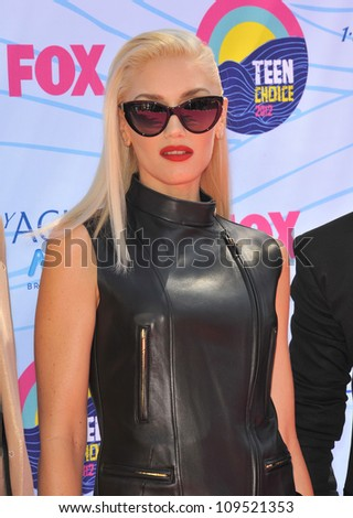 Gwen Stefani of No Doubt at the 2012 Teen Choice Awards at the Gibson Amphitheatre, Universal City. July 23, 2012  Los Angeles, CA Picture: Paul Smith / Featureflash