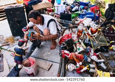 HAI DUONG, Vietnam, July 25, 2016 artisans, traditional water puppet Hai Duong, Vietnam