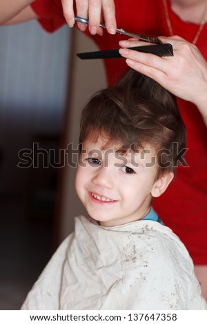 Haircut for boy at home