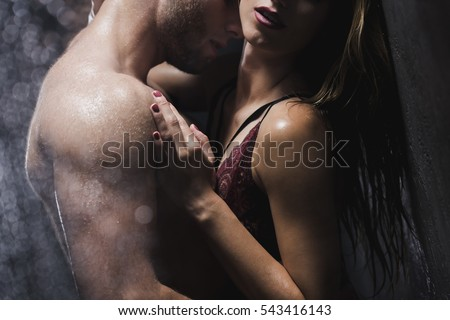 naked-woman-touching-each-other