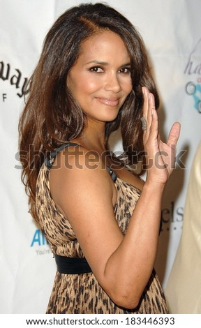 Halle Berry at Jenesse Silver Rose Gala & Auction, Beverly Hills Hotel, Beverly Hills, CA, April 27, 2008 Photo by David Longendyke/Everett Collection