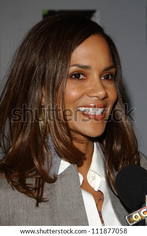 "Halle Berry at the opening night of the musical ""Wicked"". Pantages Theatre, Hollywood, CA. 02-21-07"