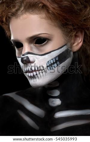halloween woman in day of the dead mask skull face art halloween face art