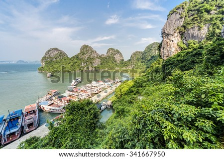 Ocean Going Ship Stock Photos Images Amp Pictures Shutterstock