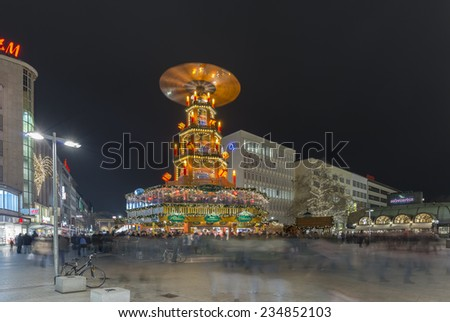HANNOVER, GERMANY - NOVEMBER  28, 2014: Christmas pyramid or Weihnachtspyramide in Hannover at evening