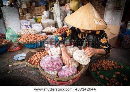 Hanoi market vendor