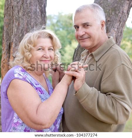 women seeking men dating site