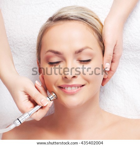 image Facial in a hardware store