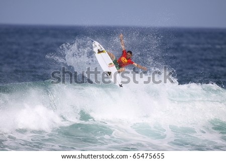 HAWAII - NOV. 17: Yadin Nichols competes in the Reef Hawaiian Pro  November 17, 2010 at Haleiwa Beach, Hawaii