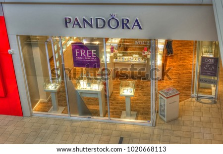Hdr image pandora jewelry diamond rings stock photo royalty free