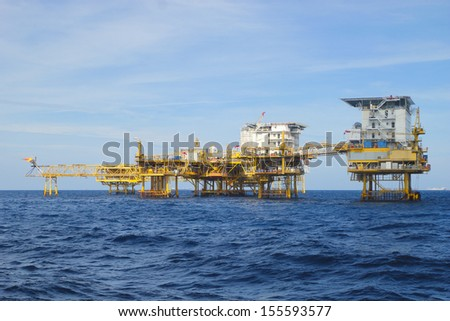 he offshore oil rig in the gulf of Thailand.