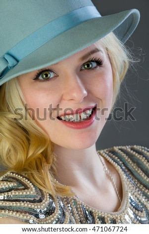 Headshot of a very attractive blonde woman