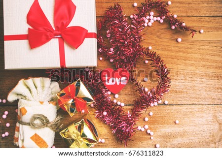 heart and gift box for important day.
