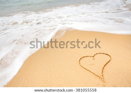 heart on the ocean beach