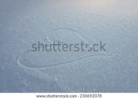 heart painted on the snow